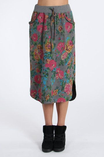 Kitting you out in the fanciest new threads is what we do best - so we're going to do it some more. Take a looksee at Ketz-Ke's Boutique Skirt. Unusual yes, it'll fall to your knees and features a floral print so vintage, it'll have your gran thinking she's eighteen again.