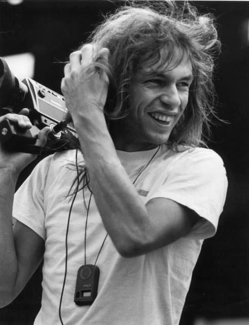 Steve Howe Love this musician.