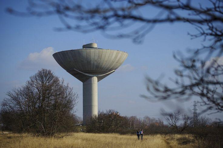 Egyedi tervezésű víztorony a főváros XXII. kerületében, Budafokon  Forrás: MTI/Czeglédi Zsolt