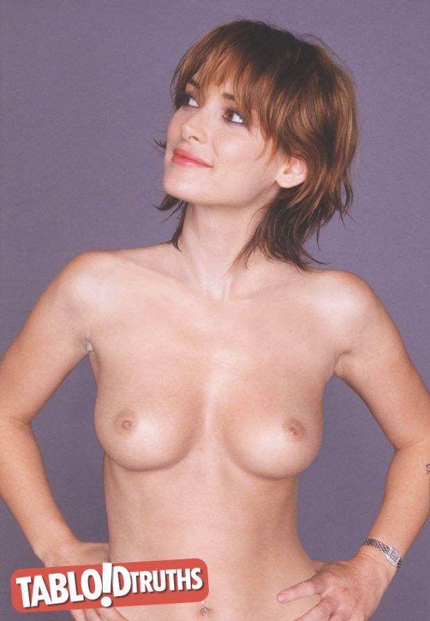 Iris Bahr Nude 53