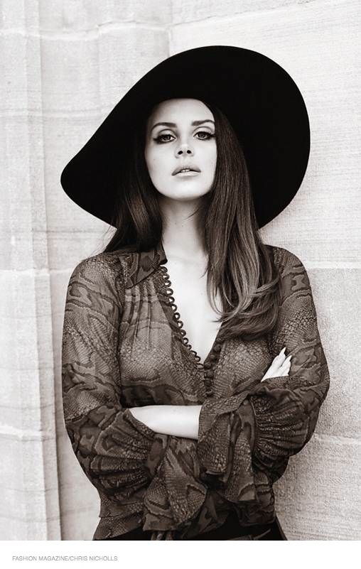 lana del rey fashion magazine 2014 03 Lana Del Rey Stars in FASHION Magazine, Opens Up About Love Life