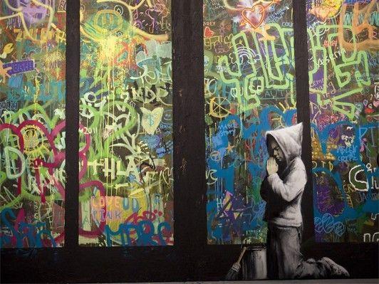 「ストリートアートとは20世紀最後のアメリカのカルチュラルな発明品かつ輸出品ではないか」バンクシー参加の大展覧会「ART IN THE STREET」