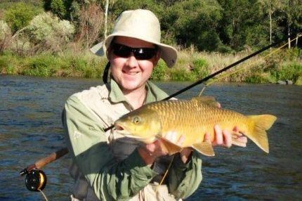 Fly-fishing for Smallmouth Yellowfish - Beautiful slab of gold - Flyloops.net