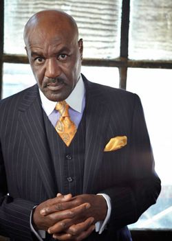 Delroy Lindo--usually I don't like a white collar on a blue shirt, but this is sharp