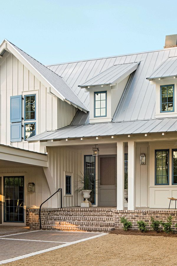 Lowcountry Style - Charming Home Exteriors - Southernliving. Surrounded by pine trees and nestled beside a lake, the east-facing back porch offers unrivaled views of the sunrise.