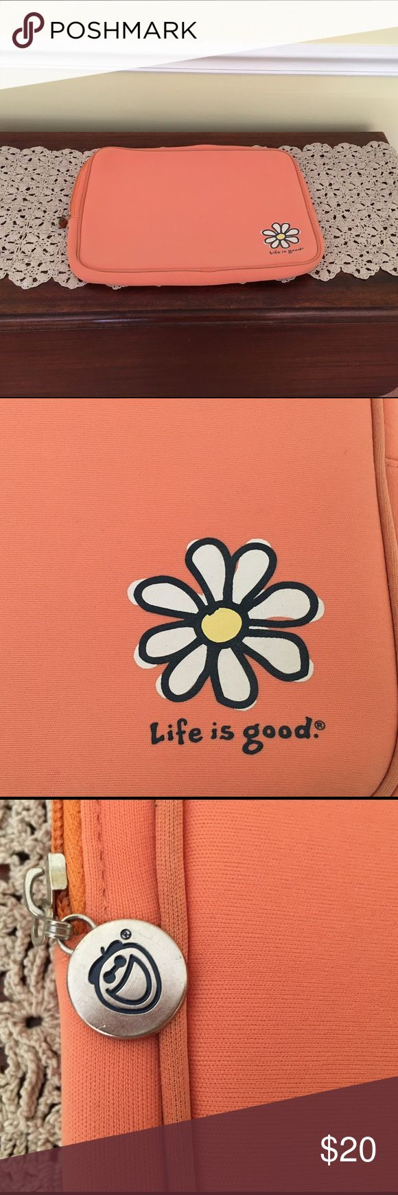 Life is good laptop case Orange laptop case. Never used. Fits up to an 18 inch laptop Life is Good Accessories Laptop Cases