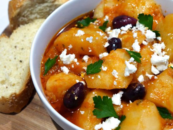 Country-style Greek Potato stew recipe (Patates Yahni) | Recipe