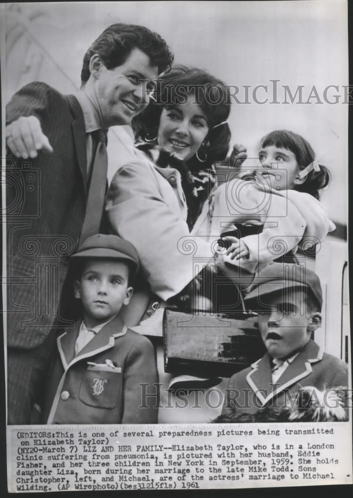1961 Press Photo Elizabeth Taylor with husband Eddie Fisher and her children | Collectibles, Photographic Images, Contemporary (1940-Now) | eBay!