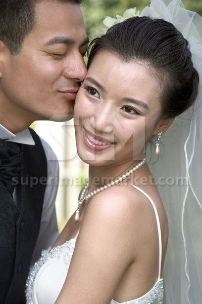 Chinese bride and groom on their wedding day