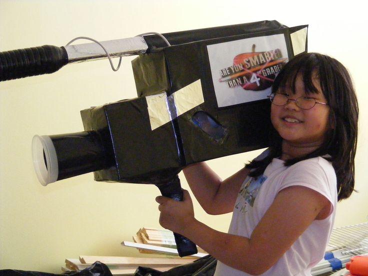 cardboard props how to make a movie camera movie camera. Black Bedroom Furniture Sets. Home Design Ideas