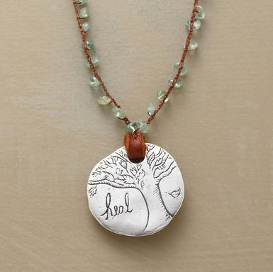 green living necklace: Healing Necklaces, Jewelry Inspiration, Necklaces Jewelryilik, Living Necklaces, Trees, Home Gifts, Great Gifts, Pretty Jewelry, Green Living