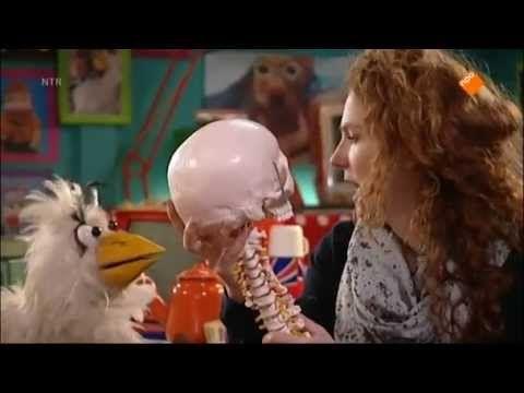 ▶ Huisje Boompje Beestje Het skelet - YouTube