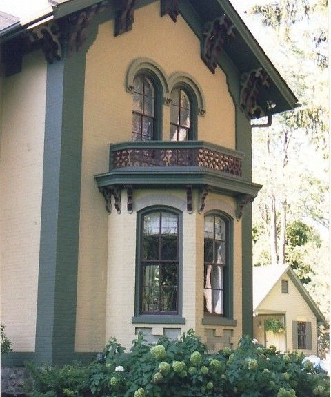17 best images about house colors on pinterest queen anne exterior colors and exterior paint for Historic house colors exterior