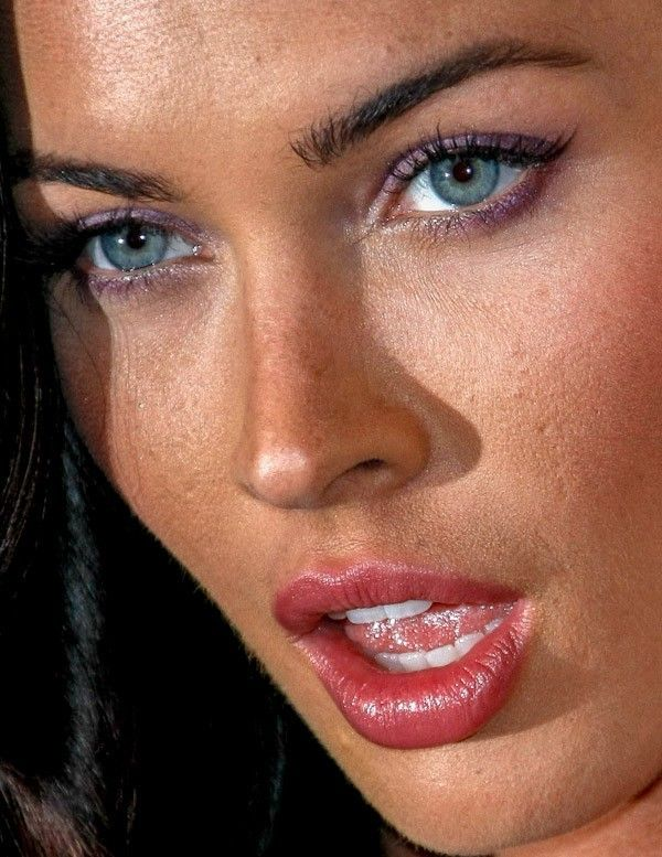 Megan Fox/Close up I can say only OMG!! Look at her eyes world's most beautiful attractive eyes and face