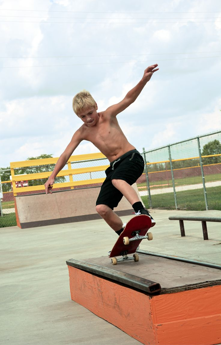 Manual #shredding #skateboard #skateboarding #skatephotography #skatephotography