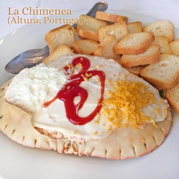 Este buey de mar a la portuguesa lo sirven en La Chimenea en Altura, en el Algarve portugués. Merece la pena ir a probarlo, y desde allí trajimos la receta.