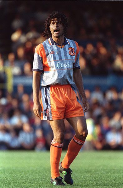 I really would like this kit . . . Credit: Gary M. Prior/Getty Images Chelsea also had a grey kit; theirs came in 1995 and featured panels of orange for a nauseating high-vis effect