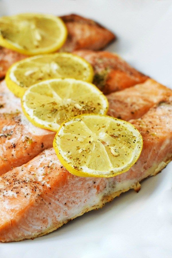Terra's Kitchen Overview & Oven-Baked Lemon Herb Salmon. Looking for an A+ meal delivery service? Try Terra's Kitchen for fresh meals delivered to your home.