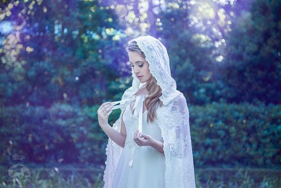 White bridal cloak white ivory lace vintage cape by CostureroReal, €185.00