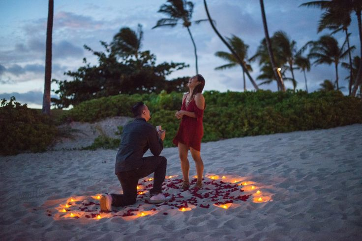 Thoughtful Hawaiian beach proposal <3