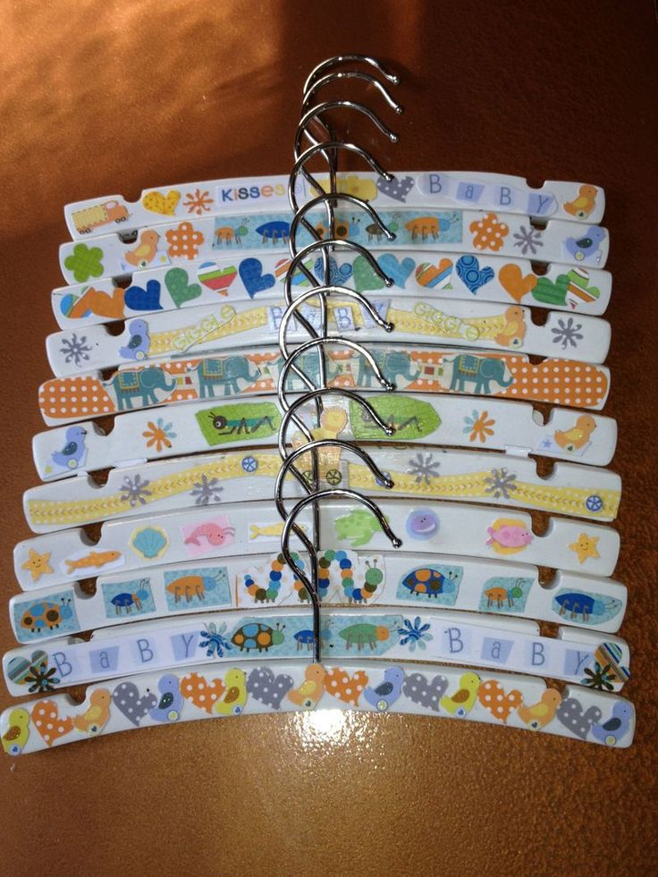 Baby Hangers Craft for a Baby Shower from @Dianne Kirsch Massie Goose