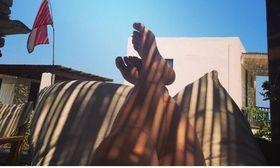 Διακοπές στην Κέα για την   Η γνωστή ηθοποιός απολαμβάνει τις διακοπές της στην Κέα.  from Ροή http://ift.tt/2t4gWc6 Ροή