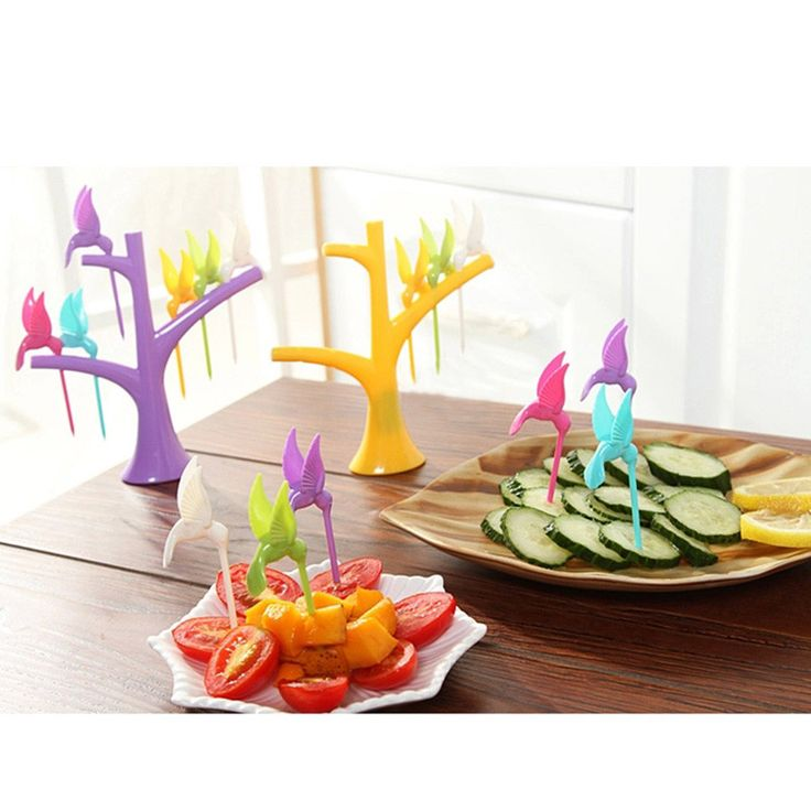 Берегитесь! Эти колибри склюют всю праздничную нарезку!) Саранча просто, а не колибри... Стоят всего около 100 руб. вместе с доставкой