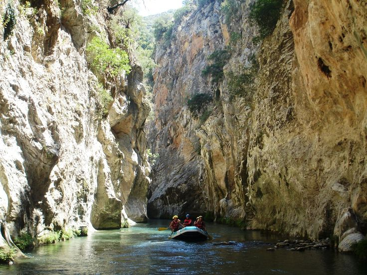 Lousios gorge is a perfect place to explore either by walking or by rafting! #greece #peloponnese #activities #familytime