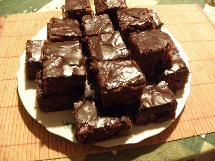Csokis-fűszeres kocka: az igazi kényeztető karácsonyi édességet a csokoládé és az illatos fűszerek harmóniája teszi fenségessé https://balkonada.hu/csokis-fuszeres-kocka/