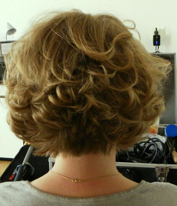 Bridal hair style for short hair made by Erika Vogl