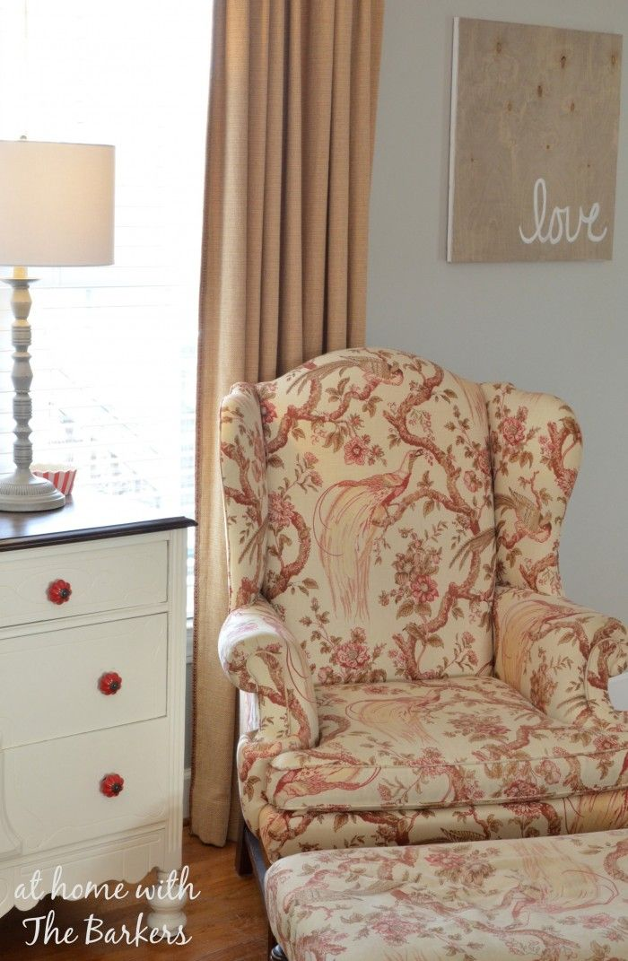 Moving around furniture gives a room a new look for free! #homedecor