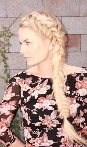Who made Jennifer Morrison's pink floral dress?