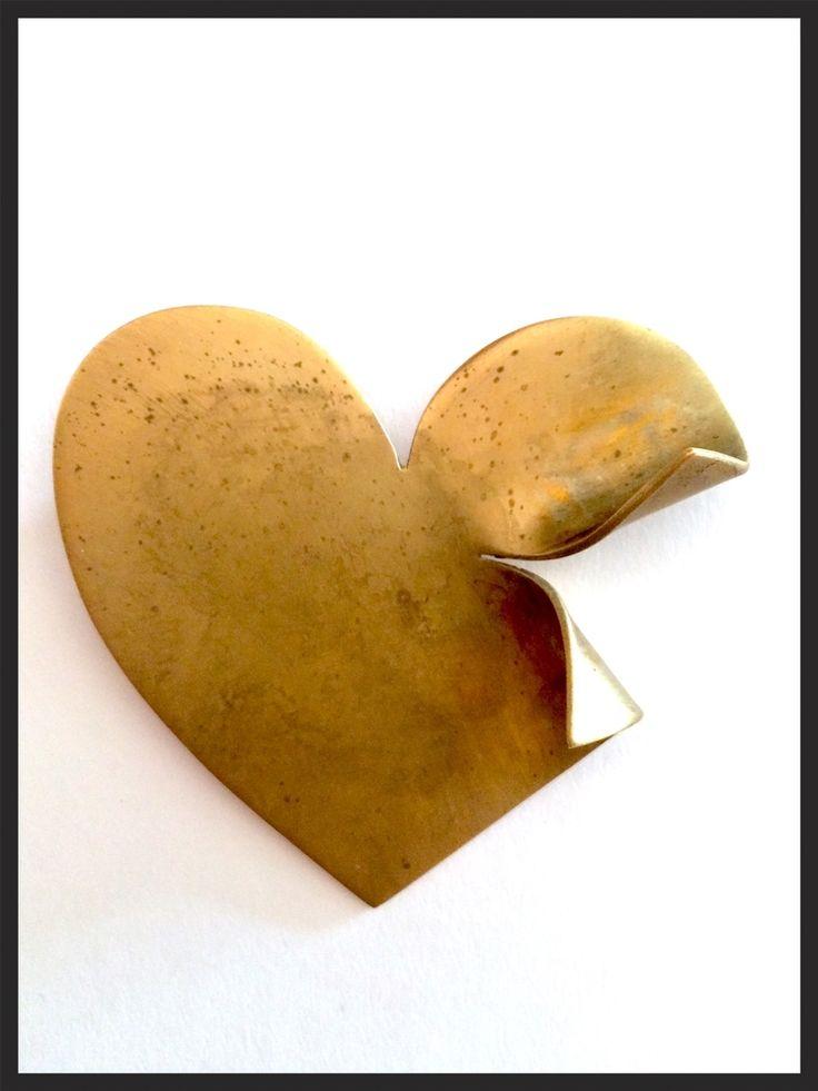 Vintage Tom Bins Gold Broken Heart Pin