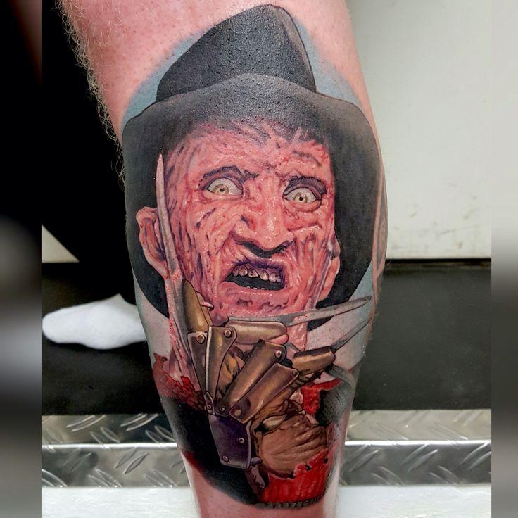 Finally got the chance to tattoo a Freddy portrait :)