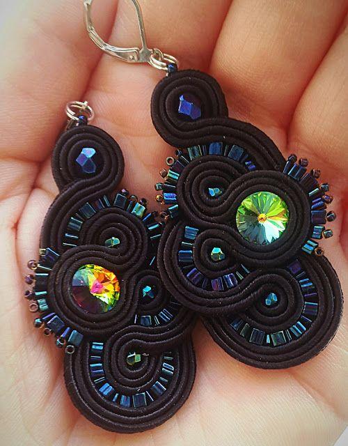 biżuteria soutache, haft koralikowy, torby z filcu: Czarne