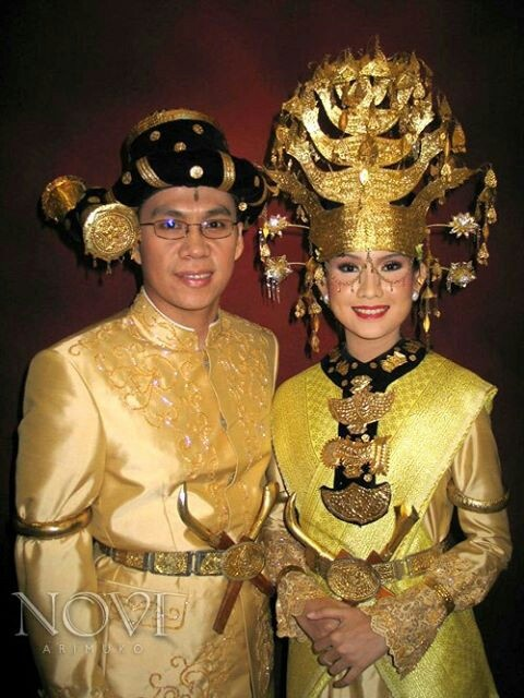 Indonesia traditional wedding costume