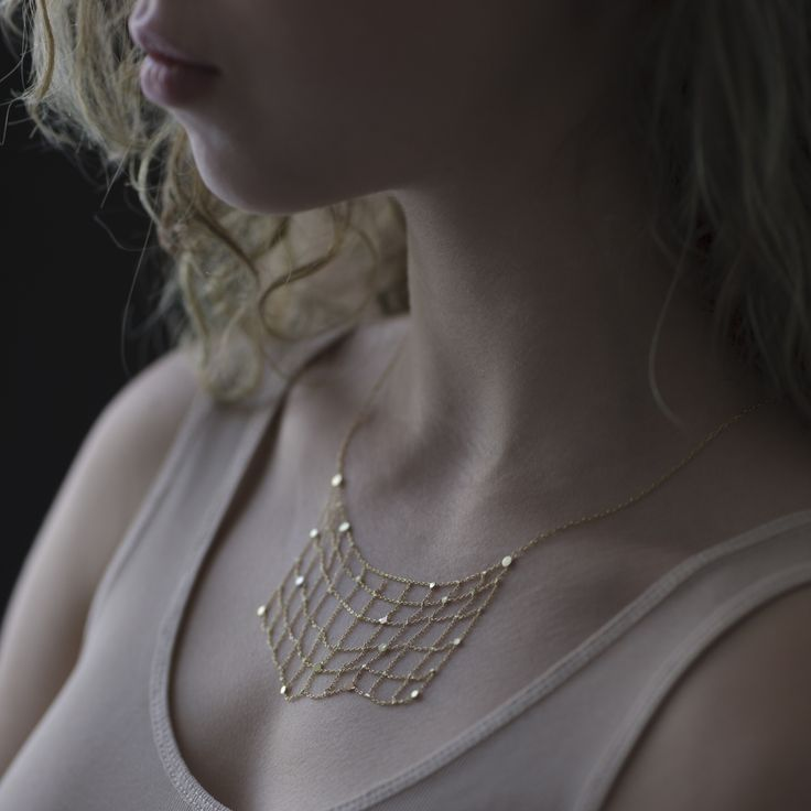 WHITE bIRD | Sia Taylor amazing gold necklace