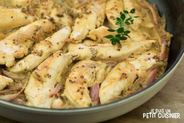Comment préparer des aiguillettes de poulet à la moutarde à l'ancienne. Du poulet avec une succulente sauce crémeuse à la moutarde. Recette facile.