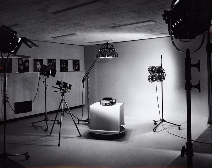 Professional photography studio hire http www for Product design studio