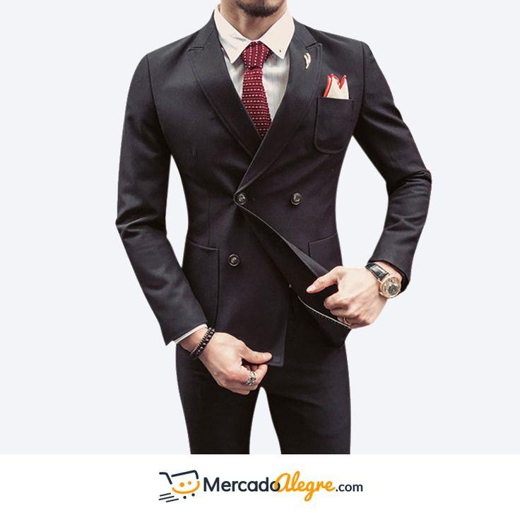 Un #hombre determinado y seguro, sabe como salir de lo común en diferentes ámbitos, el traje proporciona confianza y te da la oportunidad de combinarlo con colores sobrios como negro, marrón,o beige. Escogiendo libremente usar o no corbata, seguirás teniendo una apariencia elegante y formal. #VisteALaModa #Traje #RopaDeHombre #Colombia #Compras #Medellin #Mercado #Bogota #Cali #Moda #Ropa #Ventas #Mercado #Alegre #Pereira #SantaMarta #Barranquilla #vistealamoda #cartagena