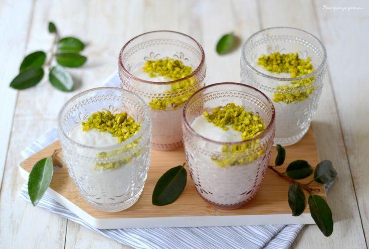 Envie de découvrir une des saveurs du Liban ? Voici un petit dessert tout doux, tout léger et avant tout délicieux que je partage avec vous sur mon blog.