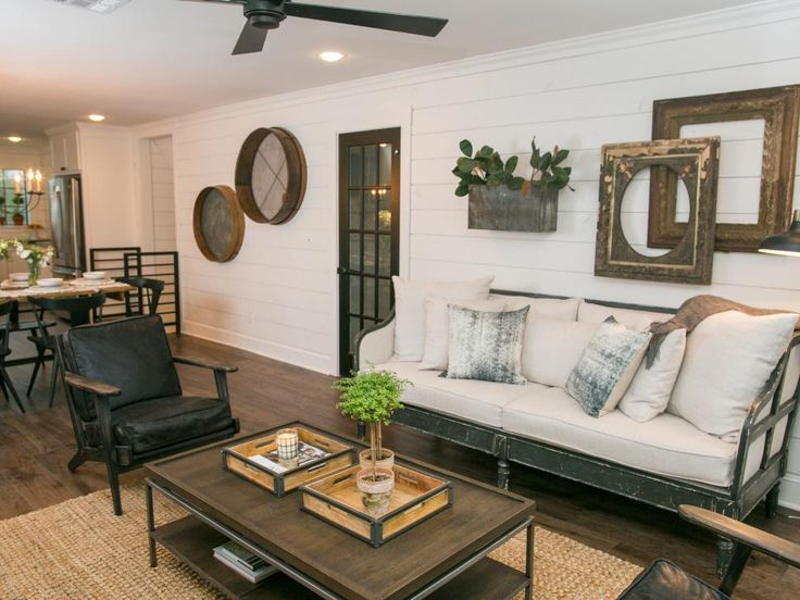 Contemporary and rustic elements are once again integrated to create a relaxed and comfortable setting in the upstairs living space.