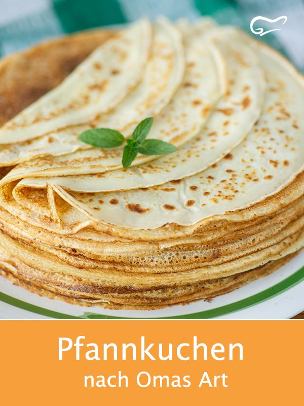 Pancakes are a popular classic. With this recipe in grandma's style …   – Waffeln und Pfannkuchen