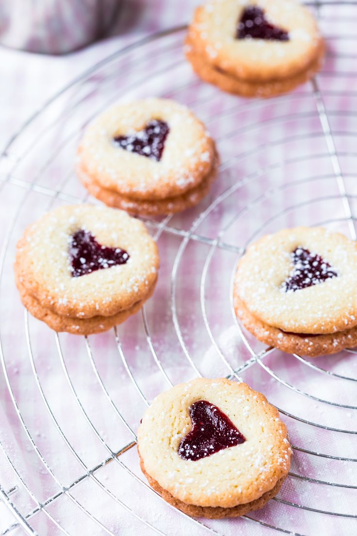 Jammie Dodgers are a childhood favourite!