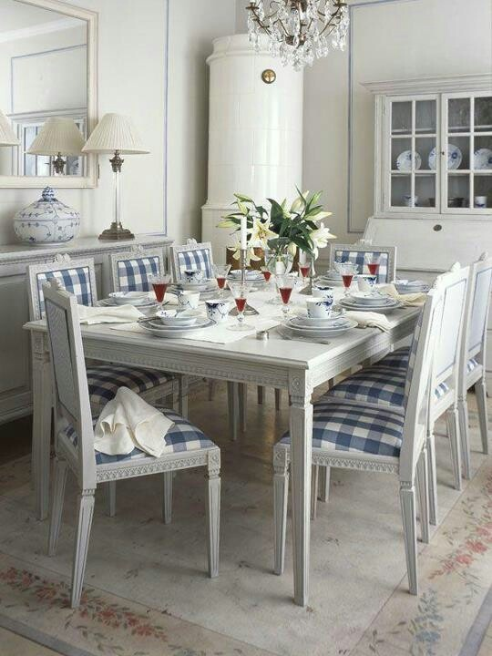 Beautiful Diningroom With Royal Copenhagen Swedish Style