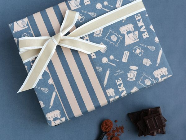 Perfect gift wrapping for those who love to bake!