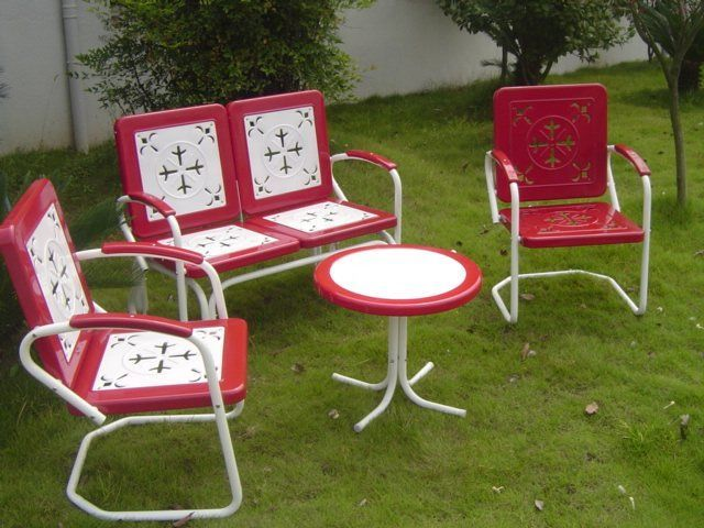 Furniture In The Style Of The 1950s Vintage Patio Furniture