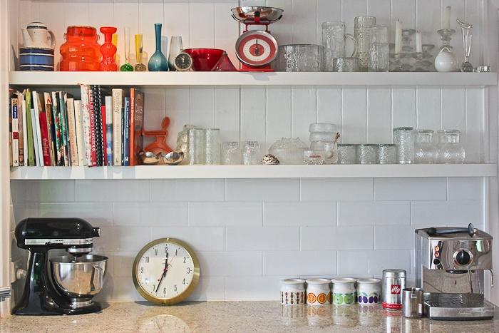 Kitchen open shelves March 2013 Photo - Elizabeth Santillan http://www.walkamongthehomes.com.au/holland-park-1930s-queenslander#