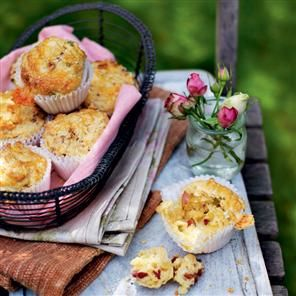 Cheddar, pancetta and spring onion muffins recipe.These cheesy scones are perfect for keeping the guests (and the cook) happy while other dishes are being prepared. Or serve them for brunch or afternoon tea.