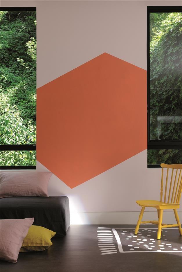 De La Joie Au Salon Zolpan Peinture Pastel Salon Orange Decoration Graphique Peinture Interieur Inspiration Deco